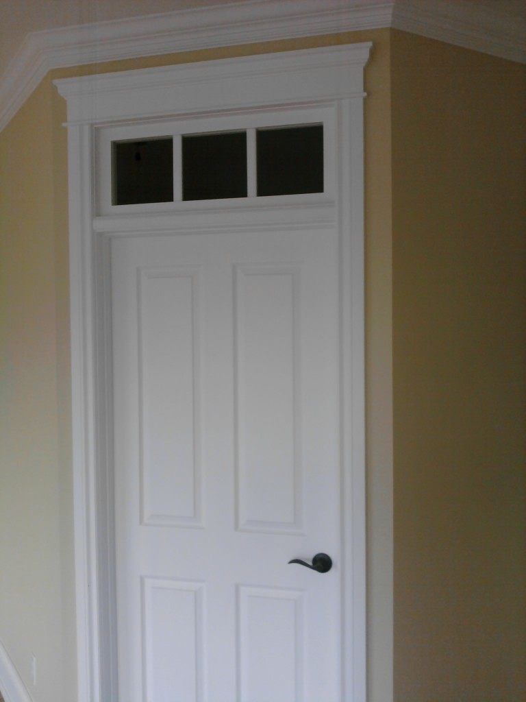 Gallery Neven Custom Trim